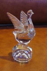 Продам статуэтку взлетающий лебедь из хрусталя.СССР